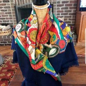 Gucci Accessories   Authentic Grand Foulard Scarfwrap   Poshmark 98487136450